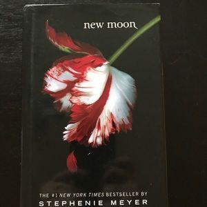Other - The Twilight Saga -Hardcover Book  🌙 New Moon 🌙